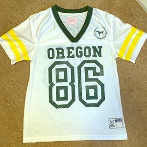 VS PINK Oregon Ducks Jersey